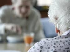 Ouderen zitten aantal keren zonder maaltijd