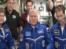 Drie astronauten aangekomen op ISS
