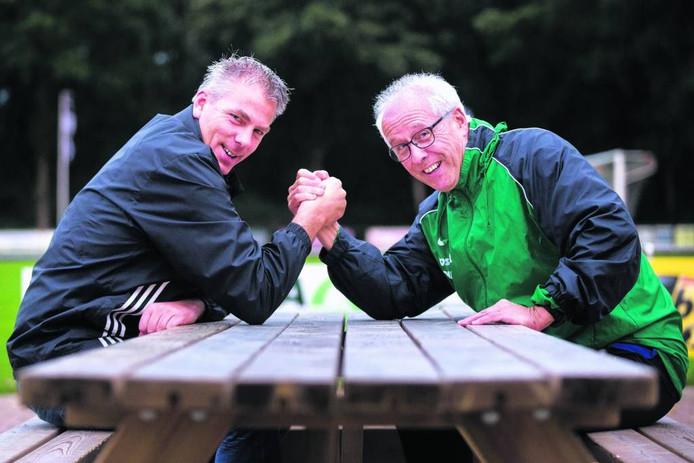 Angerlo Vooruit-trainer Ico Bod (links). Foto: Bart Harmsen