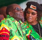 Mugabe krijgt immuniteit en mag in Zimbabwe blijven