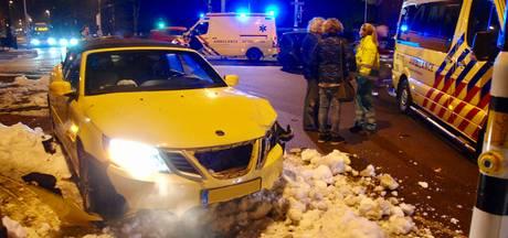 Twee gewonden bij aanrijding in Arnhem