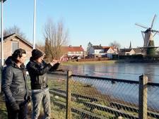 Brabantse ijsbaan snel weer dicht nadat wethouder door ijs zakt