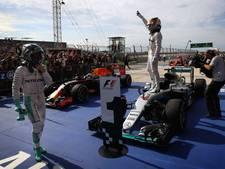 Hamilton evenaart Schumacher, drama Verstappen