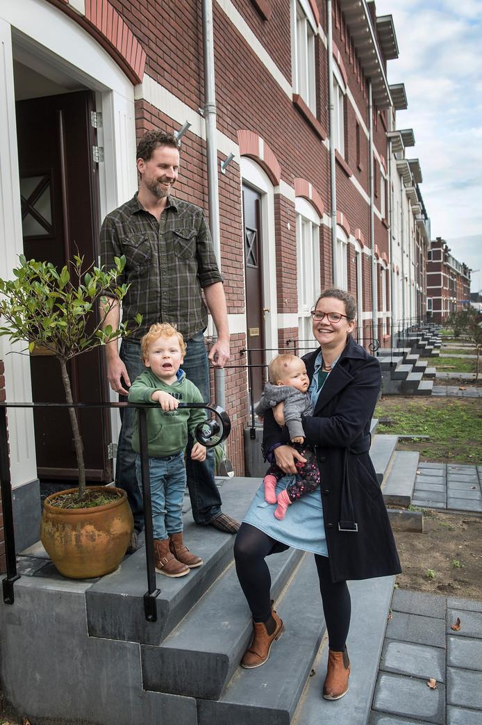 Kim van Zeeland en haar gezin.