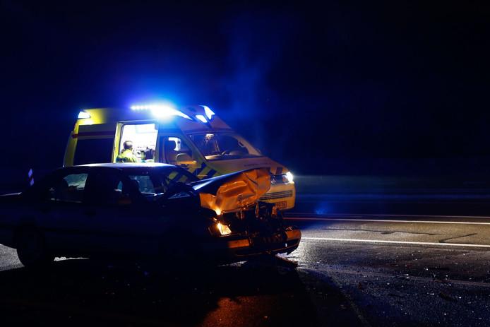 De bestuurder op de N271 in Gennep botste op een andere auto