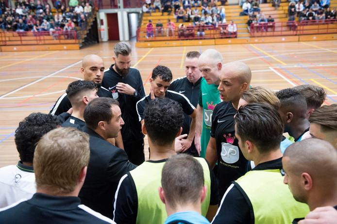 Anouar Tighadouini, coach van WSW/Shoepimp