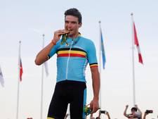 Van Avermaet keert op gouden fiets terug in peloton