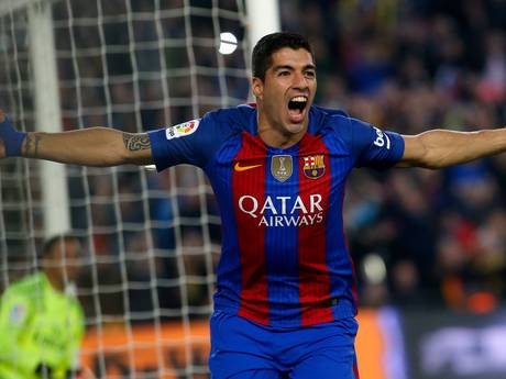 Luis Suárez dicht bij nieuw contract tot 2022 bij Barça