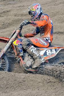 Jeffrey Herlings wint bij rentree in Assen