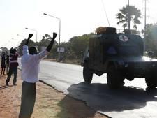 Troepen maken weg vrij voor nieuwe president Gambia