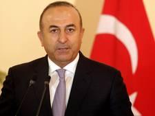 Turkije ontslaat tientallen diplomaten na coup