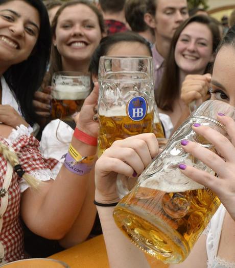Oktoberfest voor dummies: 'Te korte dirndl is uit den boze'