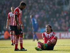 Aanvoerder Van Dijk valt uit bij winnend Southampton