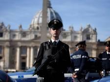 Verwarde man aangehouden na vernieling van beelden Rome