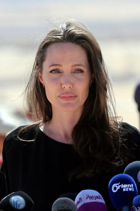 Angelina Jolie huurt 'echte crisisexpert Olivia Pope' in