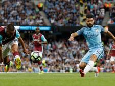 Agüero mist Manchester derby door elleboogstoot