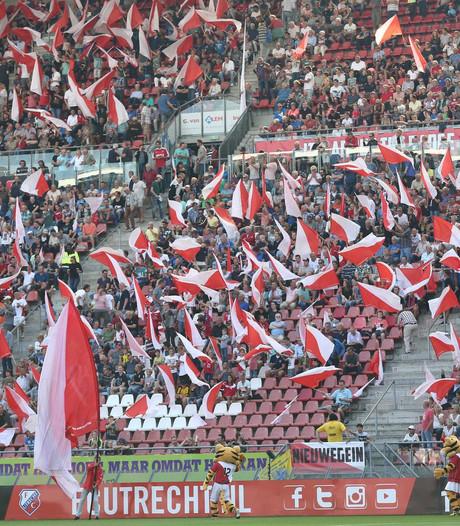 Fans FC Utrecht en Ajax willen banden aanhalen