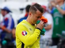 Ierse doelman Given zwaait af na 134 interlands