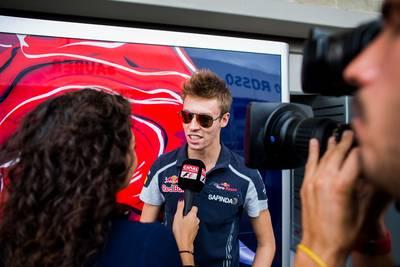 Kvyat rijdt ook in 2017 voor Toro Rosso
