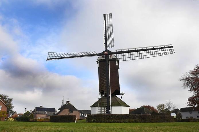 De molen in Oploo. Foto: Ed van Alem