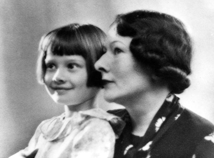 Audrey en haar moeder Ella van Heemstra.