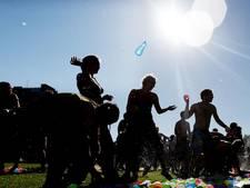'Grootste waterballonnengevecht van Den Haag ooit'