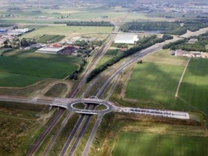 De Ovatonde bij Nijmegen, met rechtsboven de kern Ressen.