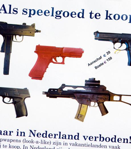 Politie trekt ten strijde tegen kinderen met nepwapens