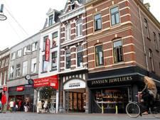 Ondernemers in Nijmegen: bus weg van Burchtstraat
