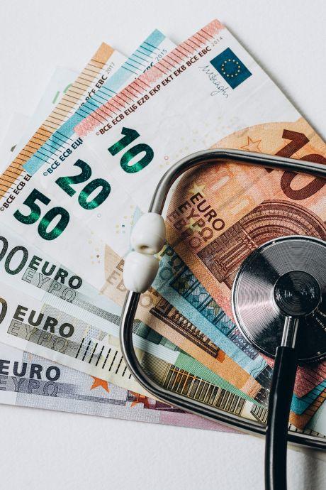 Coronabonus van 1000 euro voor alle medewerkers van het Albert Schweitzer ziekenhuis