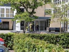 Politie valt woningen in Arnhem-Zuid binnen om drugshandel, drie Arnhemmers opgepakt