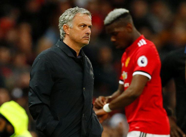 José Mourinho haalde Paul Pogba tegen West Brom nog voor het uur naar de kant.