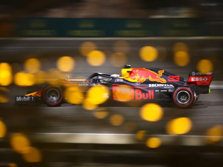 Verstappen kan niet op tegen Mercedes-geweld in kwalificatie Bahrein