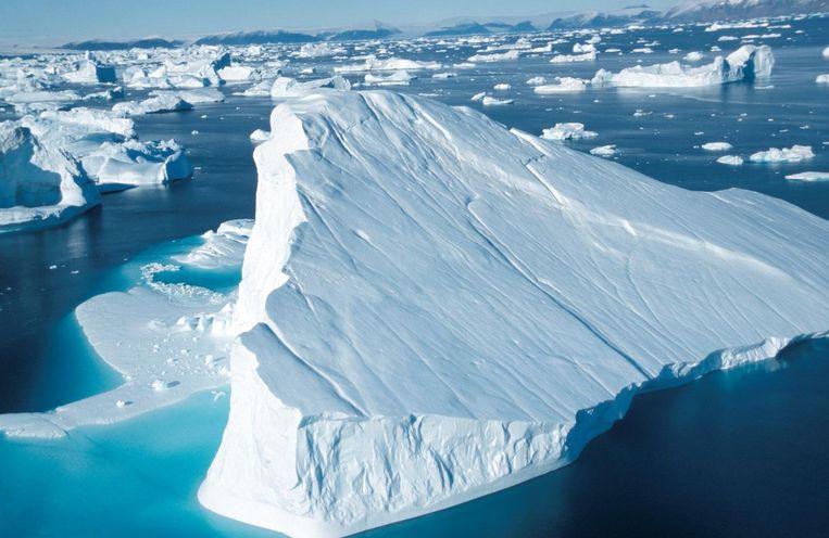 Het afsmelten van het Groenlandse ijs is verantwoordelijk voor ongeveer 10 procent van de wereldwijde stijging van de zeespiegel.