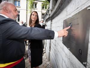 Des fautes en néerlandais sur la plaque inaugurée par Sophie Wilmès à Ixelles ce mardi
