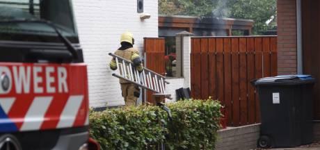 Bijgebouw bij woning volledig uitgebrand in Maliskamp