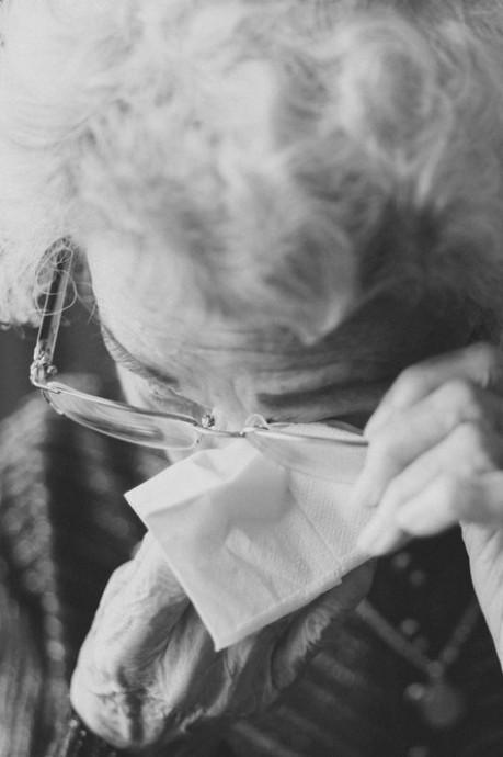 Hoogbejaarde (89) raakt tienduizenden euro's kwijt, vrouwen plunderen rekening in Eindhoven
