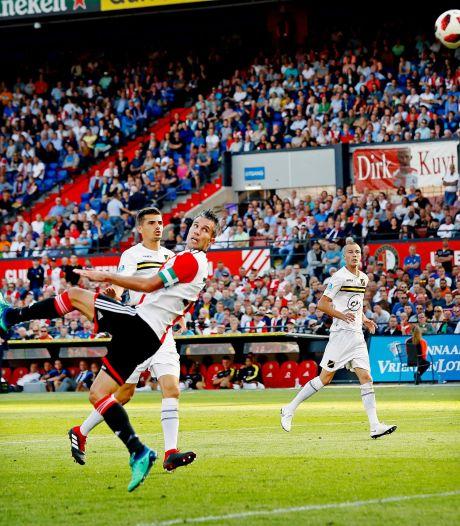 Van Persie talisman Feyenoord in alweer doelpuntrijk duel