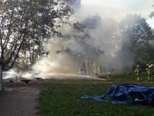 Brand met explosie zet bos in brand bij Scouting Gaanderen