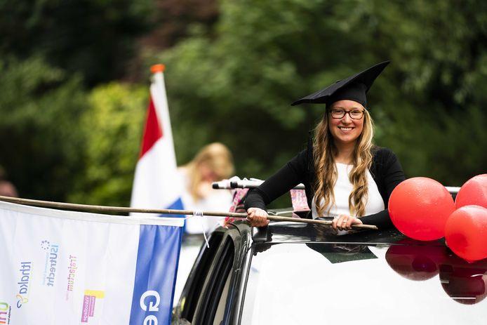 ROC Midden Nederland reikt dit jaar bijna vijfduizend diploma's uit, maar wel op een andere manier dan normaal