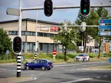 Forse schade bij aanrijding op Enschedesestraat in Oldenzaal