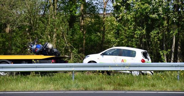 Motorrijder gewond bij botsing op A58 bij Rilland.
