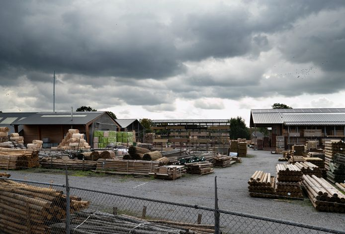 Houtverwerkingsindustrie Fransen in Deurne, op dat terrein zit ook FirmoLin.