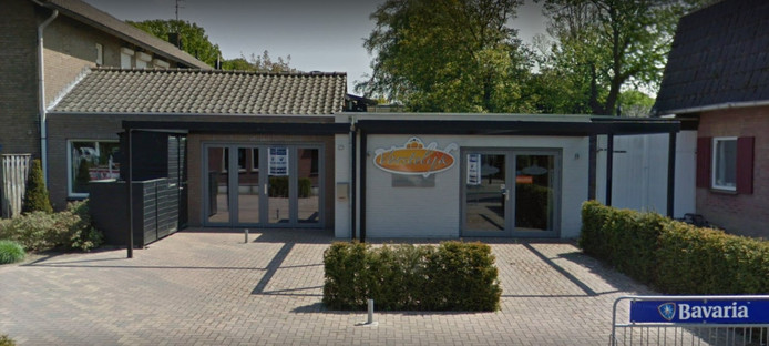 Het pand aan de Van Dongenstraat in Lierop waarin de nieuwe pizzeria komt