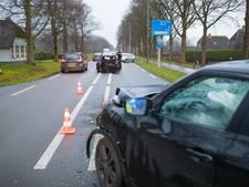 Gewonde en flinke schade bij ongeluk op Zuiderzeestraatweg