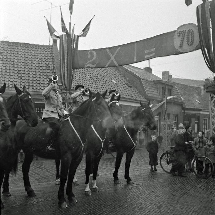 Bert en Leentje uit Sint-Oedenrode vierden in 1952 hun 70-jarige bruiloft