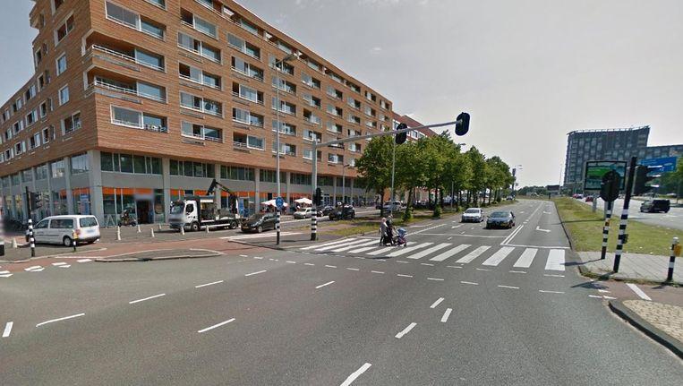 De kinderer werden aangereden toen ze de Jan van Galenstraat overstaken Beeld Google Streetview