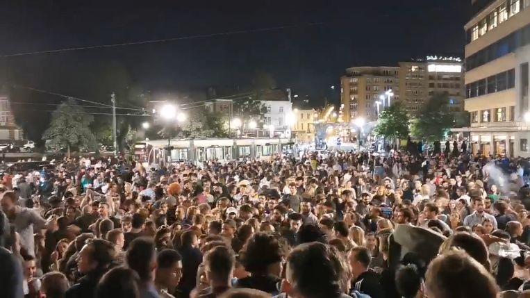 Honderden mensen troepten het afgelopen weekend samen op het Flageyplein in Elsene.