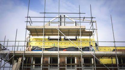 """Bouwbedrijven trekken aan alarmbel: """"Verschil tussen nieuwbouw en renovatie is onverantwoord"""""""