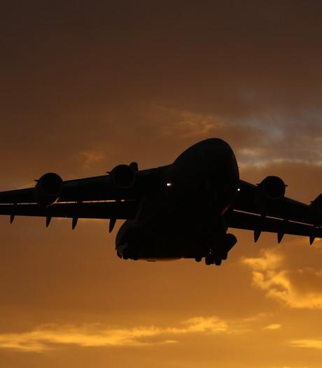 Majoor vliegbasis Eindhoven uit kritiek, defensie zet Brabantse klokkenluider aan de grond